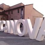 Allestimento esterno  mostra del Canova di Forlì