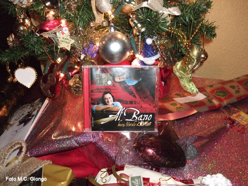 Auguri Di Buon Natale Alla Famiglia.Gli Auguri Di Al Bano Per Un Natale Di Rinascita Il Cofanetto Magico