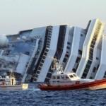 nave-costa-concordia-mentre-affonda